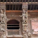 Bois sculptés dans le palais royal