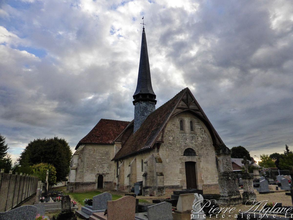 Église Saint-Léon-II à Thennelières