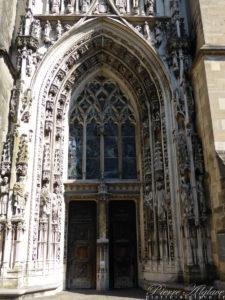 Lausanne - Cathédrale - Portail Montfalcon
