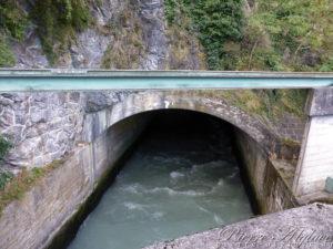Galerie de la centrale hydroélectrique de Lavey