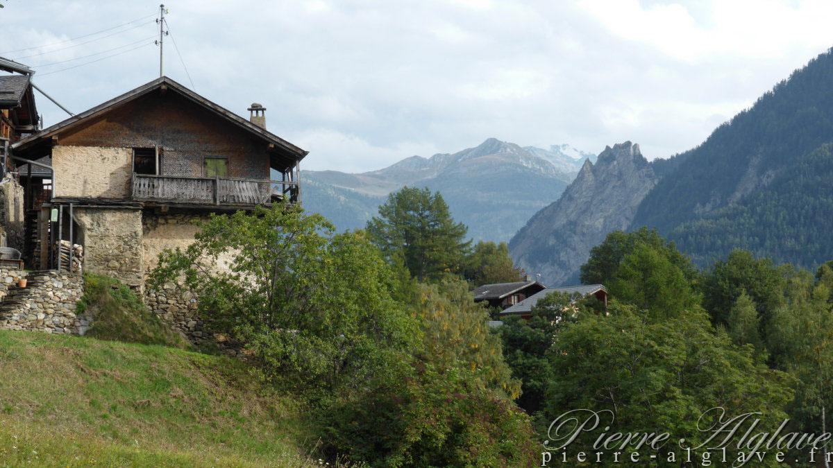 Chemin-Dessus