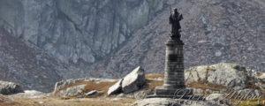 La statue de Saint-Bernard