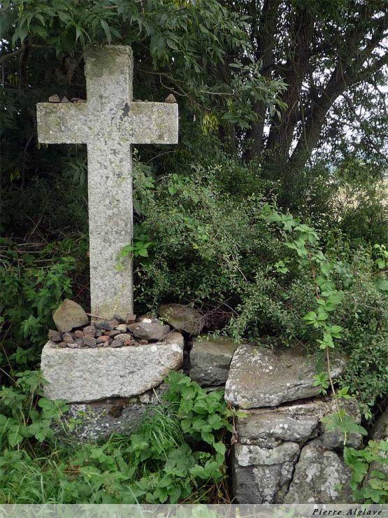 Crucifix sur le Chemin de Compostelle