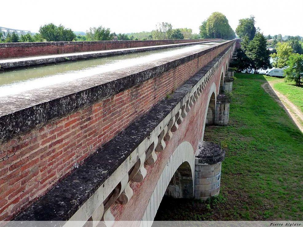 Moissac, le pont-canal