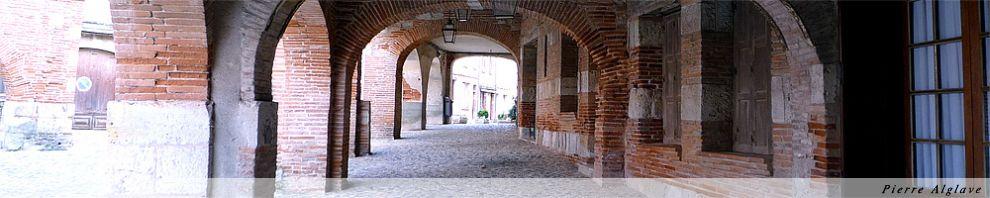 Auvillar, arcades