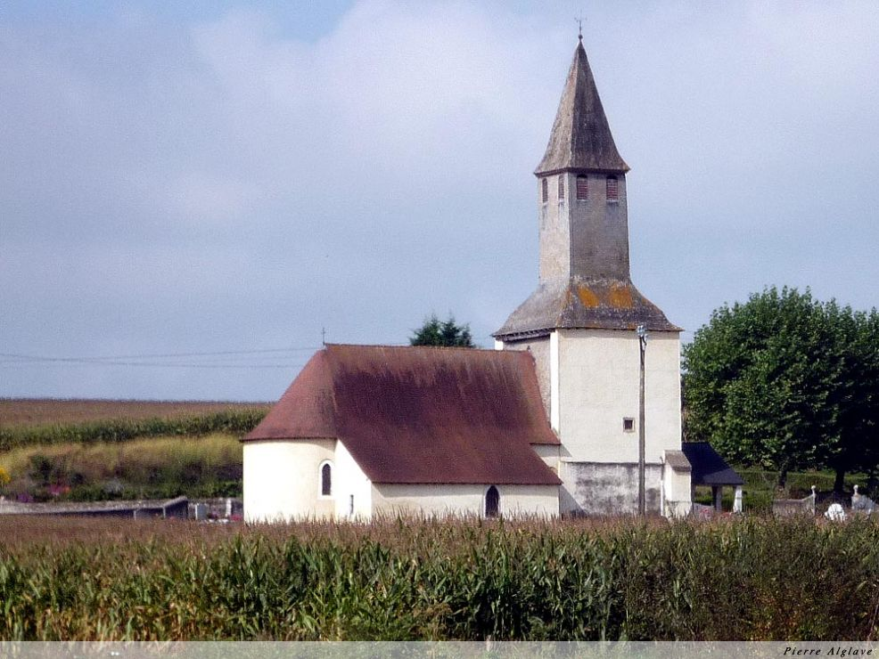 Eglise à Uzan