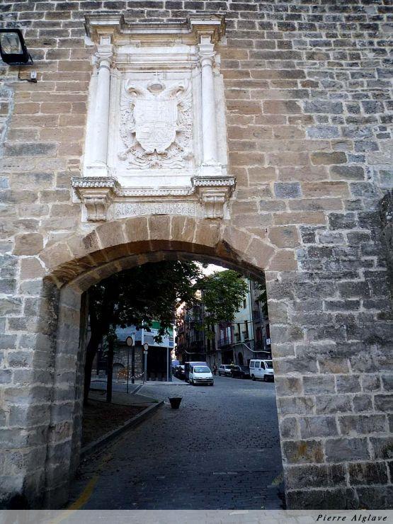 Pampelune : la porte de France