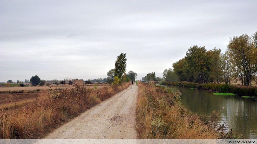 Chemin de halage le long du Canal de Castille