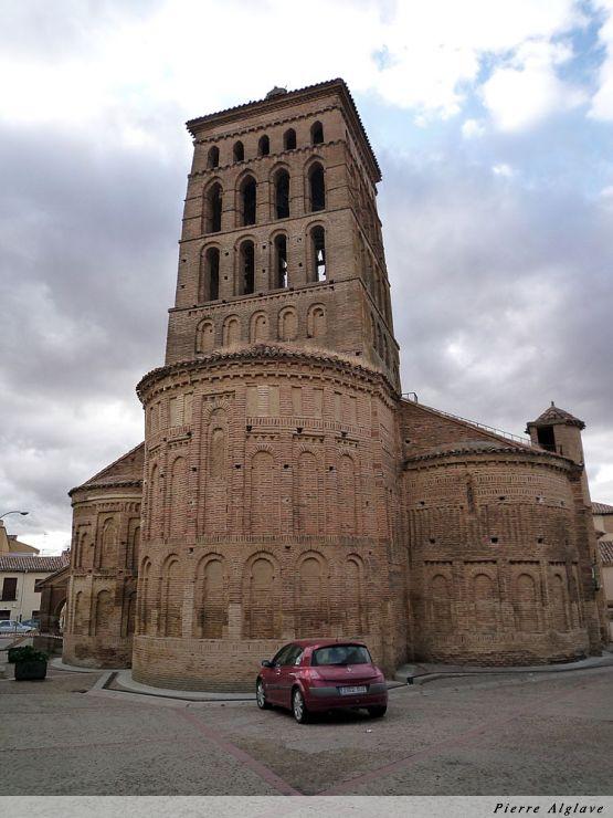 Un clocher à Sahagun : église San Tirso