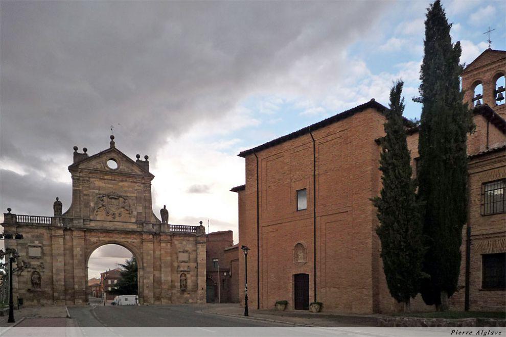 Sahagun : arc San Benedito