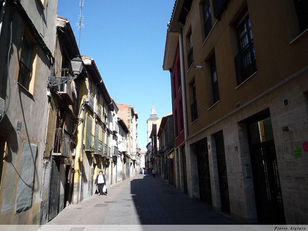 Leòn : arrivée dans la vieille ville