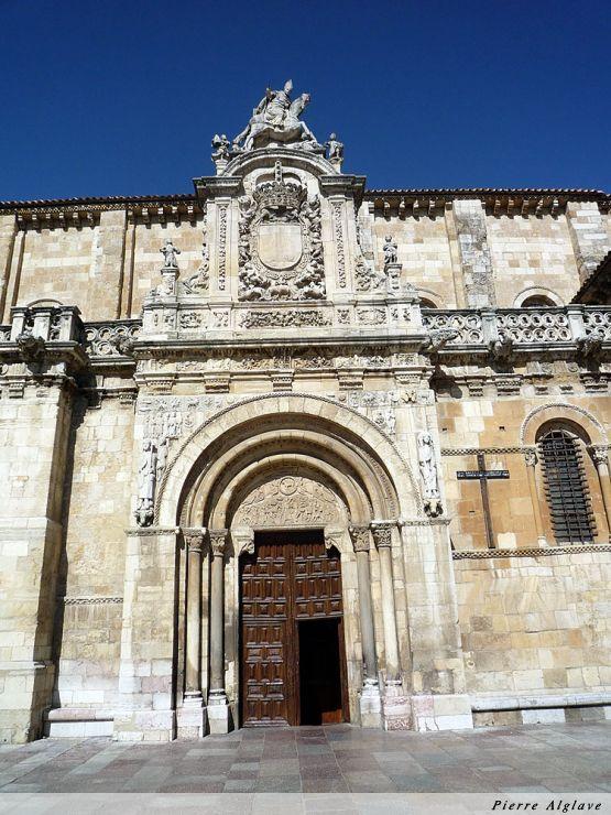 San Isidoro, le porche