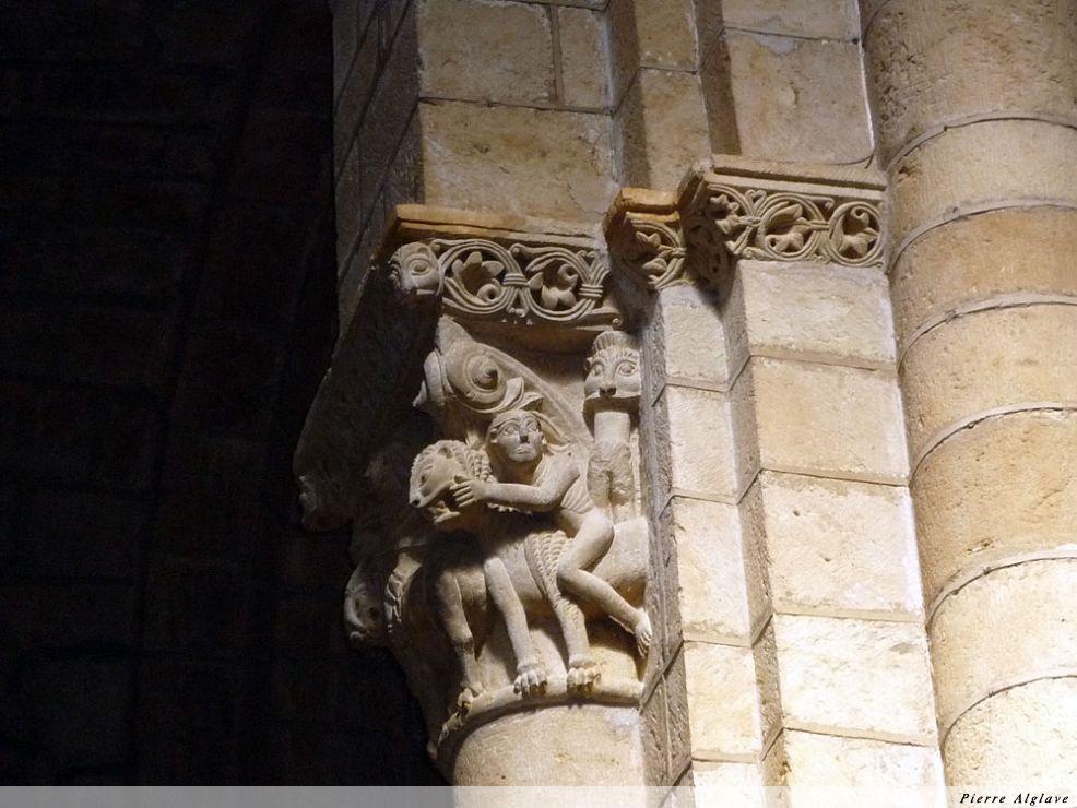 San Isidoro, détail d`un chapiteau
