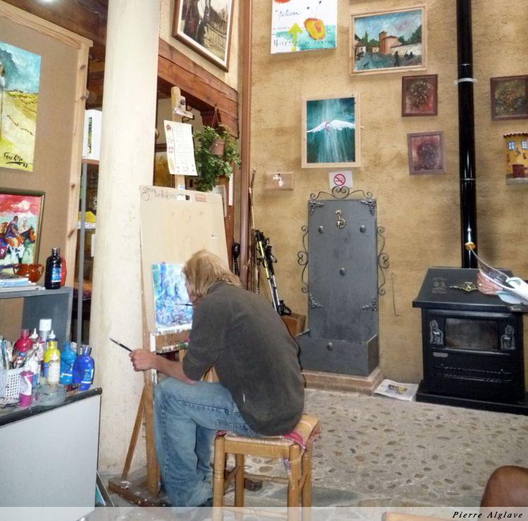 Albergue San Miguel : atelier de peinture