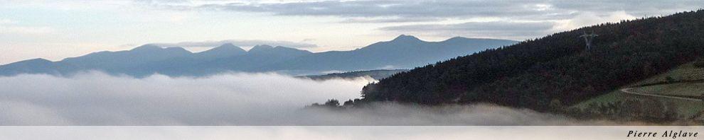 La vallée du Côté d`O Cebreiro