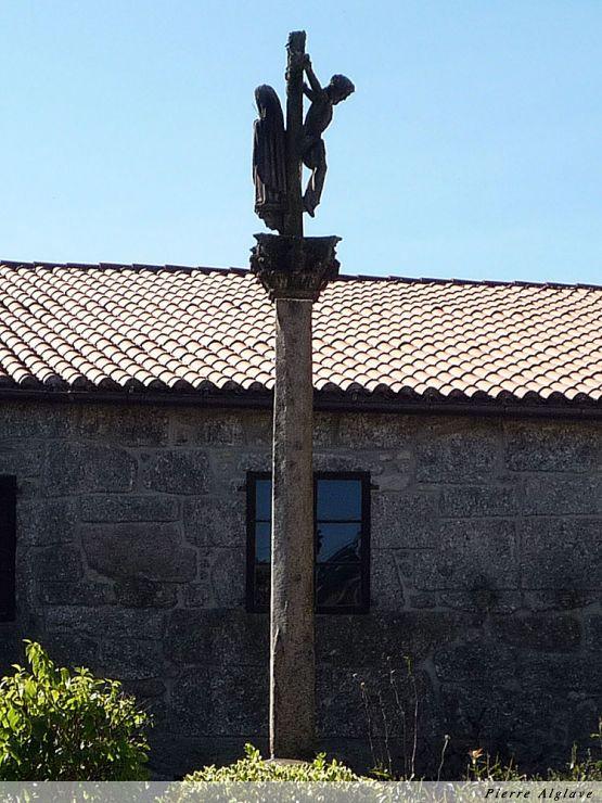 Double crucifix