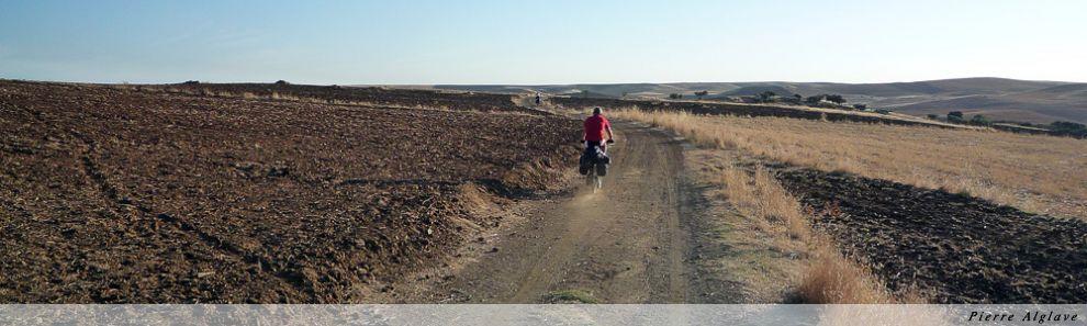 Cyclistes sur la via de la Plata vers Zafra