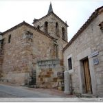 Le refuge devant l\'église San Cipriano