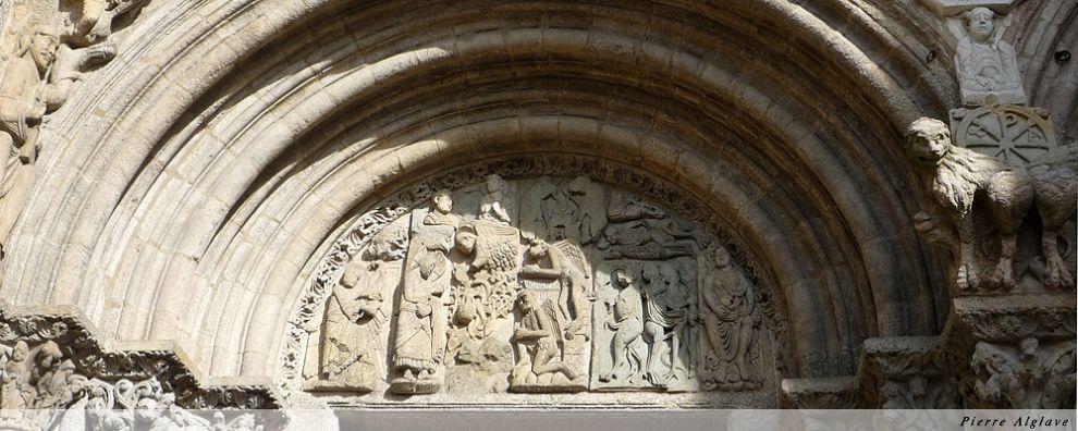Porche gauche du portail de Praterias - Cathédrale de Saint-jacques de Compostelle